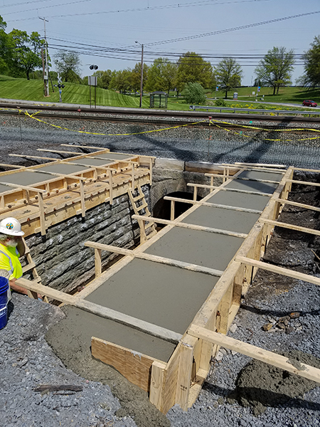 Lightbox - Middletown_Pour complete