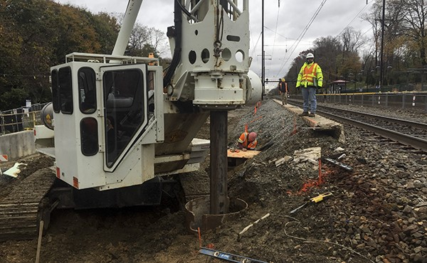 Drilling caisson for westbound platform (November 2018)