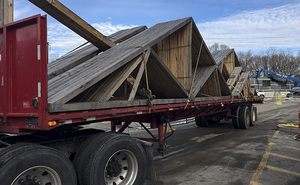 Delivery of roof trusses (January 2019)