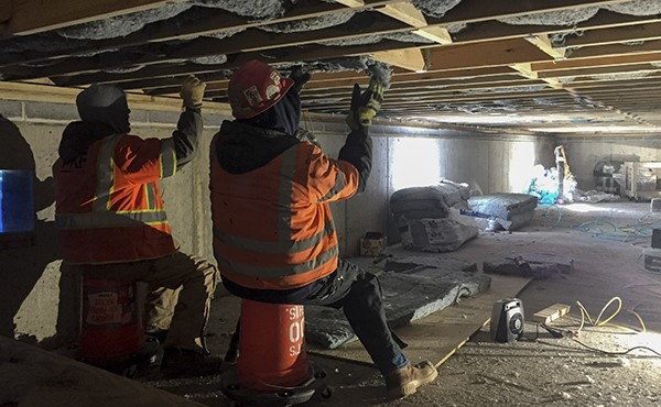 Installing insulation (January 2019)