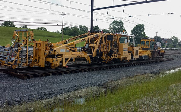 Tamper machine to surface and align track (June 2019)