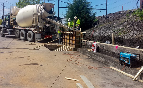 Pouring concrete for Union Street Bridge retaining wall (May 2019)