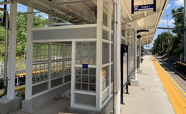 Center platform shelter frame painted (August 2019)